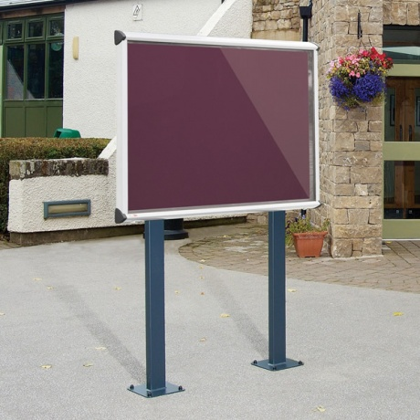 Shield Post Mounted Showcase With Surface Posts - IP55 Rated